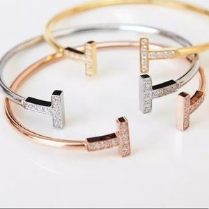 🌺🌺Bangles In Rose Gold or Silver🌺🌺